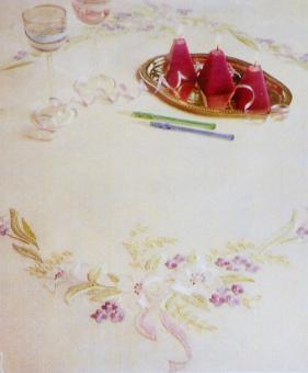 Stickpackung Mitteldecke Blumen